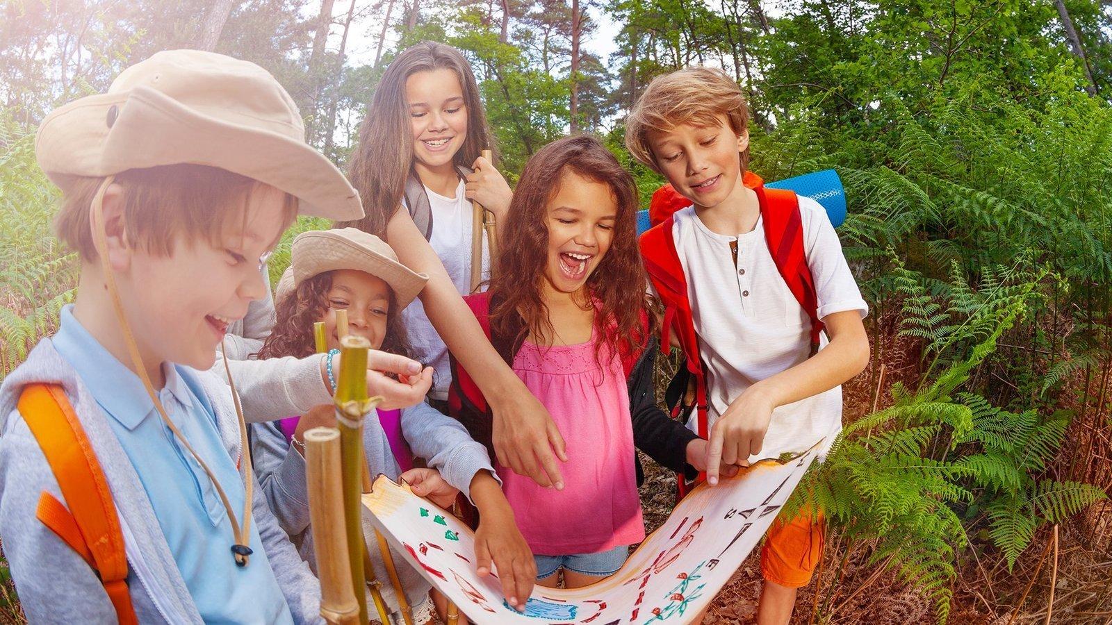 ニセコで夏のアクティビティを楽しむ子供たち