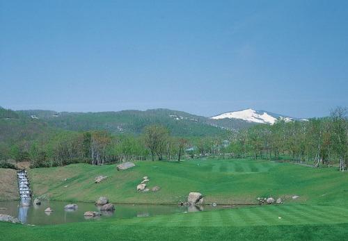 Hanazono golf hole 18 thumbnail