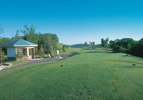 Hanazono golf hole 1 thumbnail