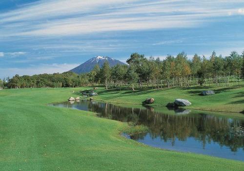 Hanazono golf hole 5 thumbnail